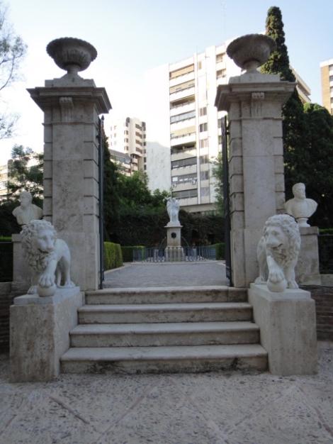 Leones Jardines Monforte Valencia