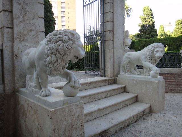 Los jardines de monforte los leones del congreso de los for Los jardines de lola